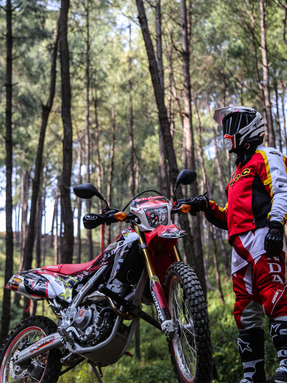 Motorcycle gloves in nepal - Honda Crf 250l